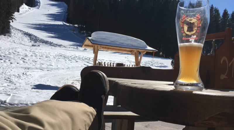 Na Skok v rakouském ráji lyžařů